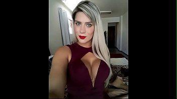 Acompanhante loira muito gostosa no sexo amador