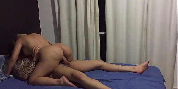 Porno com loira rabuda