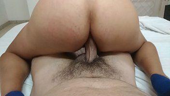 Vídeo de sexo anal novinha loira safada cavalgando